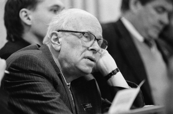 an essay on the dissident movement in the soviet union and its main leaders andrei sakharov and alek His papers therefore are important in reflecting the origins and development of human rights and dissident activity in the soviet union and eastern europe, and its growing challenge to totalitarian rule as a delegitimizing force.